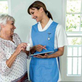 Comment accompagner les auxiliaires de vie et les aides à domicile par le numérique