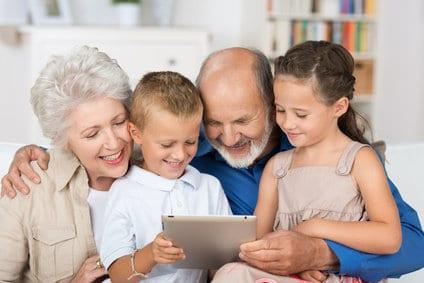 Grands-parents : quelles activités partager avec vos petits-enfants ?