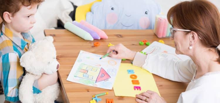 Les bienfaits de l'ergothérapie pour une personne autiste
